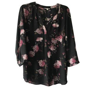 Black 3/4 Sleeve Pullover Blouse w/Purple Floral